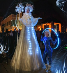 stilt-walker Ice Queen Hala on stilts and spin starlets Pickering 2017