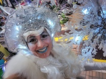 Hala on stilts Ice queen costume fantasy farms 2017 toronto entertainment stiltwalkers