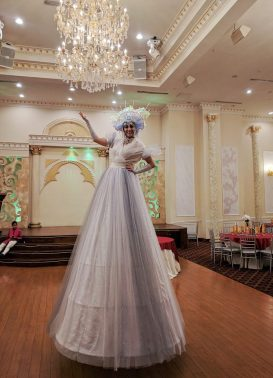 bal en blan white ballgown stiltwalker costume hala on stilts Toronto Entertainment Brampton 2017