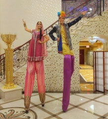 Hala on stilts Toronto Diwali entertainment Indian bollywood stiltwalkers 2017
