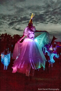 LED Crystal Queen on stilts Eclipse Festival Canada 2017 Hala stiltwalker