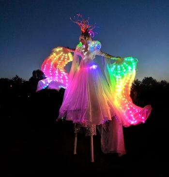 Hala on Stilts LED stilt walker performer buskerfest 2018