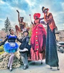 aLICAlice in Wonderland Hala on STilts circus performers Toronto 2019