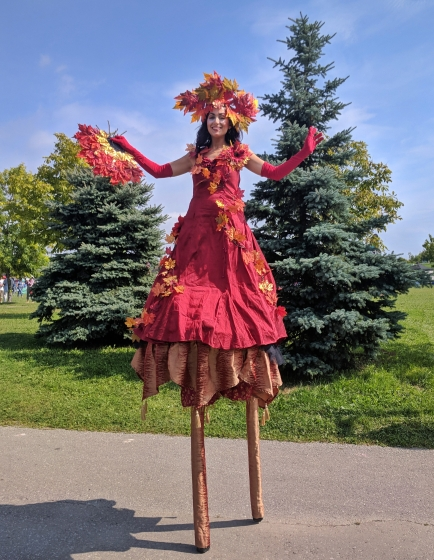 Autumn Fall stiltwalker Hala on Stilts 2018 Toronto Buskerfest